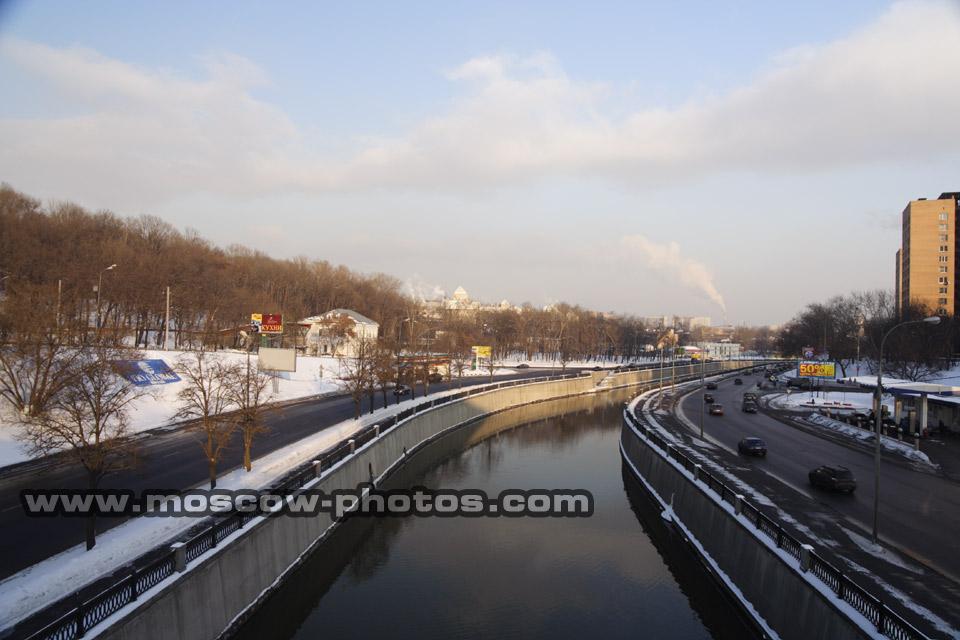 Bridges > vysokoyauzsky bridge > view from vysokoyauzsky bridge - 2